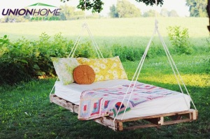 DIY-Pallet-Swing-Bed